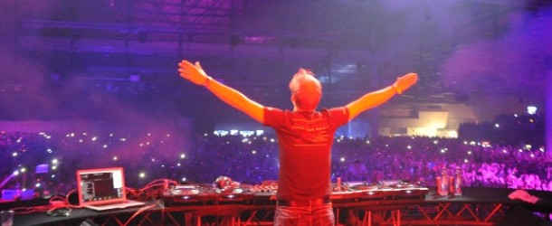 Armin van Buuren @ ASOT550 Kiev (Tracklist)