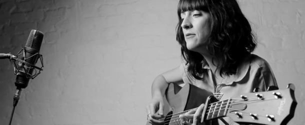 Sarah Howells – Find Yourself (Acoustic)