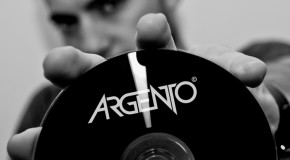 Dada Life vs. Fedde Le Grand & Nicky Romero – Sparks Don't Cry (Argento Mashup)