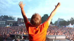 Armin van Buuren – We Are Here To Make Some Noise